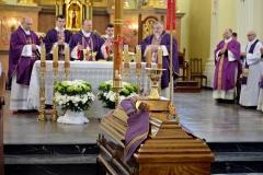 Pogrzeb Ś.P. Ks. Jana Bogusza 4.04.2016r 040